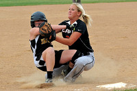 Hinton Softball vs East at the Wolverine Earlybird